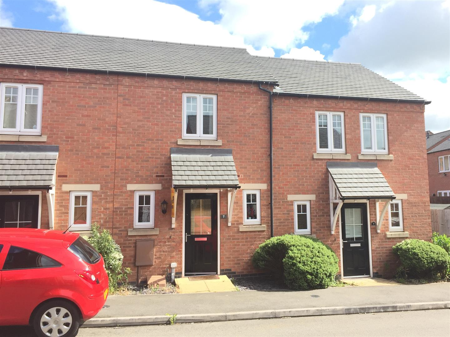 2 Bedrooms Property for sale in Merton Close, Church Gresley, Swadlincote